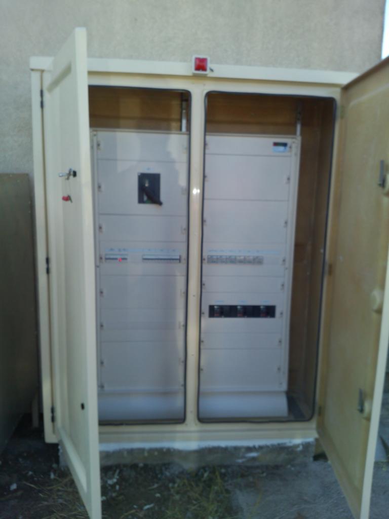 armoire extérieure