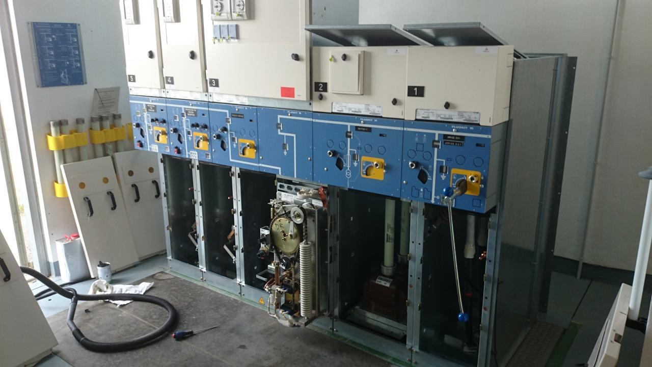 Nettoyage, graissage et contrôle de fonctionnement cellule HT